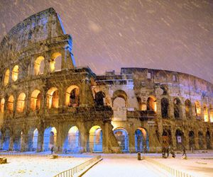 colosseum and roma image