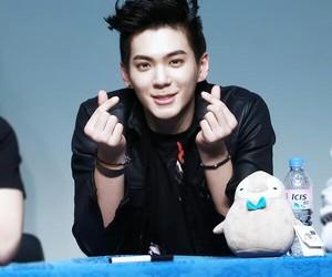 idol, kpop, and heojun image