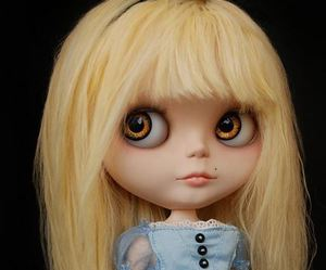 aliceinwonderland, blythe, and doll image