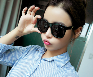 girl, ulzzang, and kfashion image