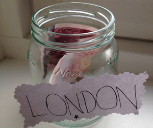 london and money image
