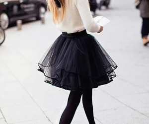 black, fall, and outfits image