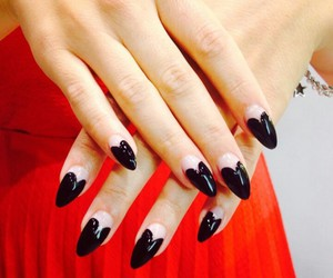 wahnails and instanails image