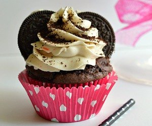 cupcake, cute, and dessert image