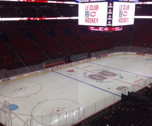 bell center and montreal canadians image