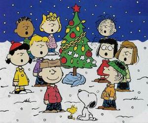 christmas, charlie brown, and snoopy image