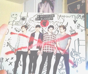 justin bieber, 5 seconds of summer, and 5sos image