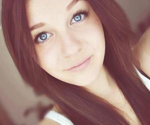 wunderschön, braune haare, and youtuber image