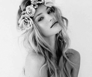 beautiful, hair, and flowers image