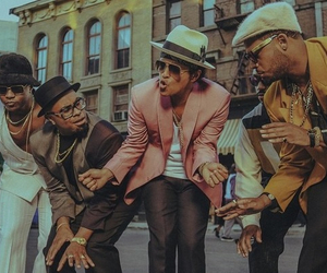 bruno mars, hooligans, and uptown funk image
