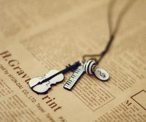 music, piano, and necklace image