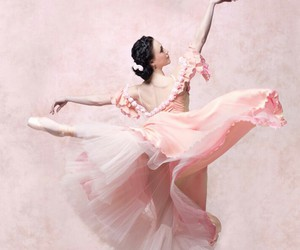 ballerina, pointe, and ballet image