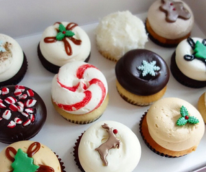 christmas, cupcake, and dessert image