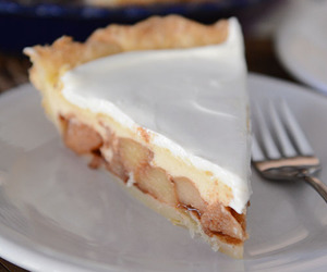 apple, cheesecake, and crust image