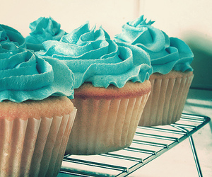 more cupcakes image