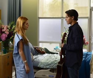 bella thorne and red band society image