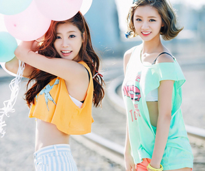 girl's day, hyeri, and sojin image