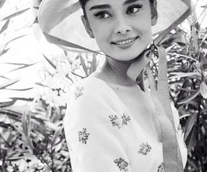 audrey hepburn, beauty, and woman image