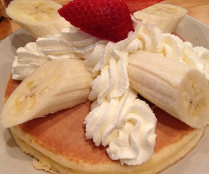 cream and food image