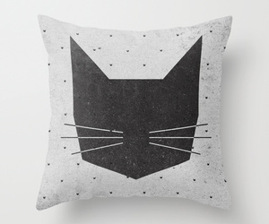 throw pillow image