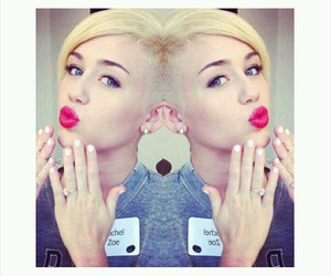 lips, miley cyrus, and icon image