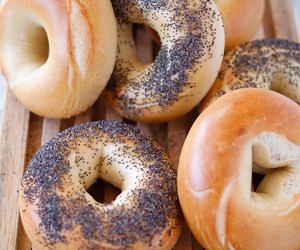 bagel and food image