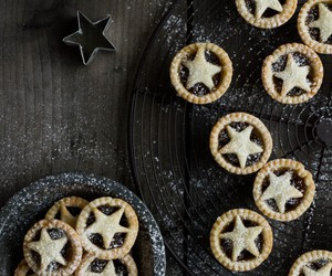 cake, christmas, and mince pies image