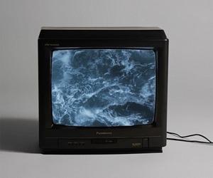 tv, grunge, and sea image