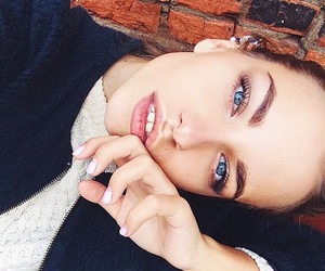 girl, fashion, and eyes image