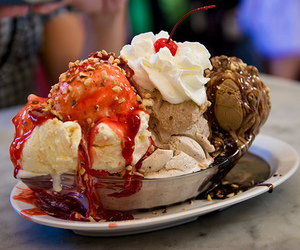 food, ice cream, and sundae image