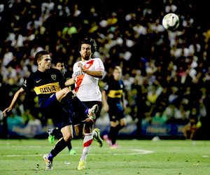boca juniors and fernando gago image