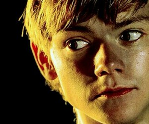 newt, perfeccion, and the maze runner image