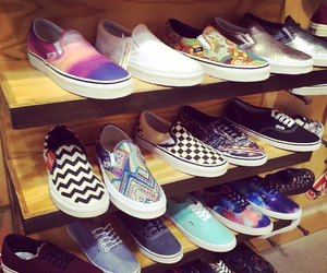 colors, style, and vans image