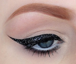glitter, beautiful, and eye image