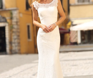 wedding dress, stunnig, and linea rafaelli image