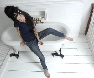 celebrities, Amy Winehouse, and photoshoot image