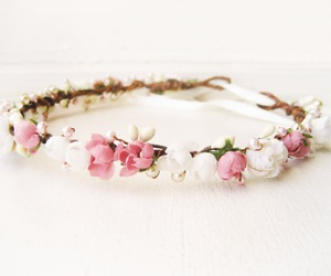 flowers and bracelet image