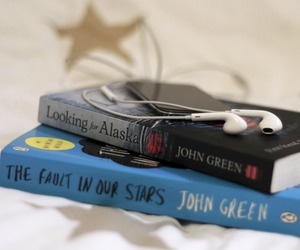 girl, book, and john green image