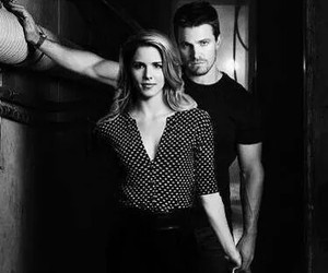 arrow, Felicity, and stephen amell image