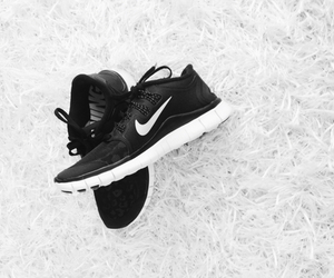 nike, shoes, and freerun image