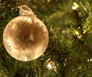 ball, christmas, and color image