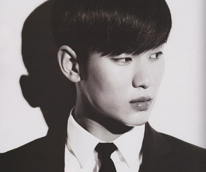 kim soo hyun and 金秀贤 image