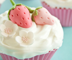 cupcake, strawberry, and sweet image