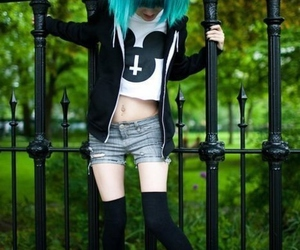 blue hair, grunge, and hair image
