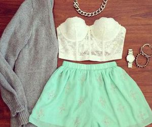 Braclet, skirt, and necklace image