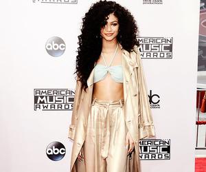 zendaya and american music awards image