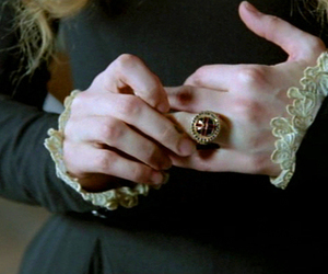 hands and ring image