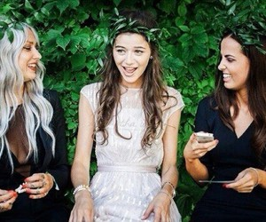 eleanor calder, sophia smith, and lou teasdale image