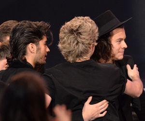 one direction, zayn malik, and Harry Styles image