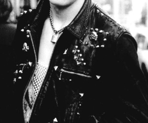 sex pistols and sid vicious image